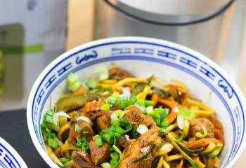 Spiralized Vegetable And Chicken Chow Mein